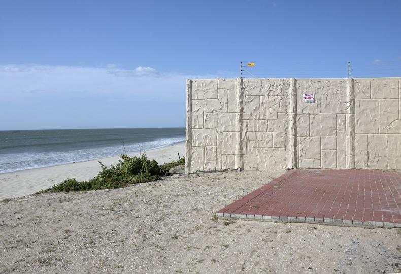 A beachfront guest house. Laaiplek. 2018.